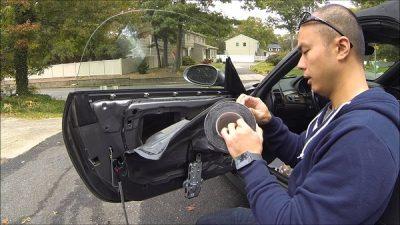 Insulate the car Doors