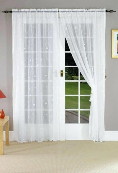 Use Soundproofing Curtains on hollow doors
